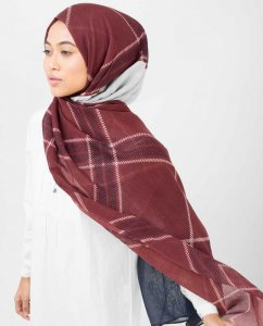 Burgundy Check Viskos Hijab - Silk Route 5A418a
