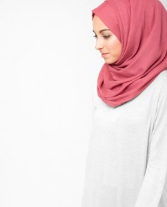 Hollyberry Pink Cotton Voile Hijab 5TA20a