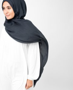 InEssence Patriot Blue Viskos Hijab 5HA8