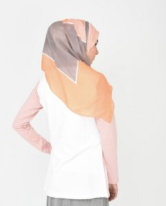 Peach Out hijab from Silk Route 1