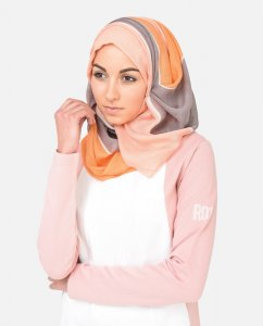 Peach Out hijab from Silk Route