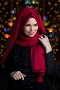 Queen Rose Red Hijab Muslima Wear 310117a