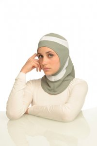 Runner - Light Grey & White Sport Hijab