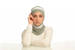 Runner - Light Grey & White Sport Hijab from Capsters
