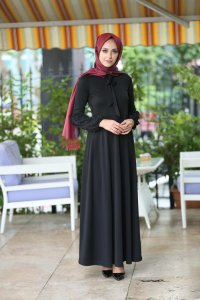 Tiana - Black Dress - Insirah